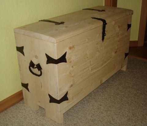 truhen07. Black Bedroom Furniture Sets. Home Design Ideas